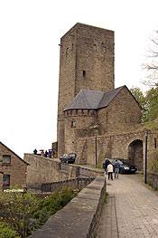 Hoch über der Ruhr thront die Burg Blankenstein